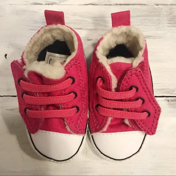 f688f513e8db NWOT Converse baby booties. Size 1. Pink